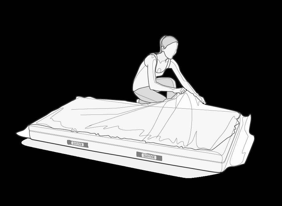 Illustration: Eine Frau entfernt die Verpackungsfolie der vor ihr liegenden BODYGUARD Matratze. Die Matratze entfaltet sich währenddessen.